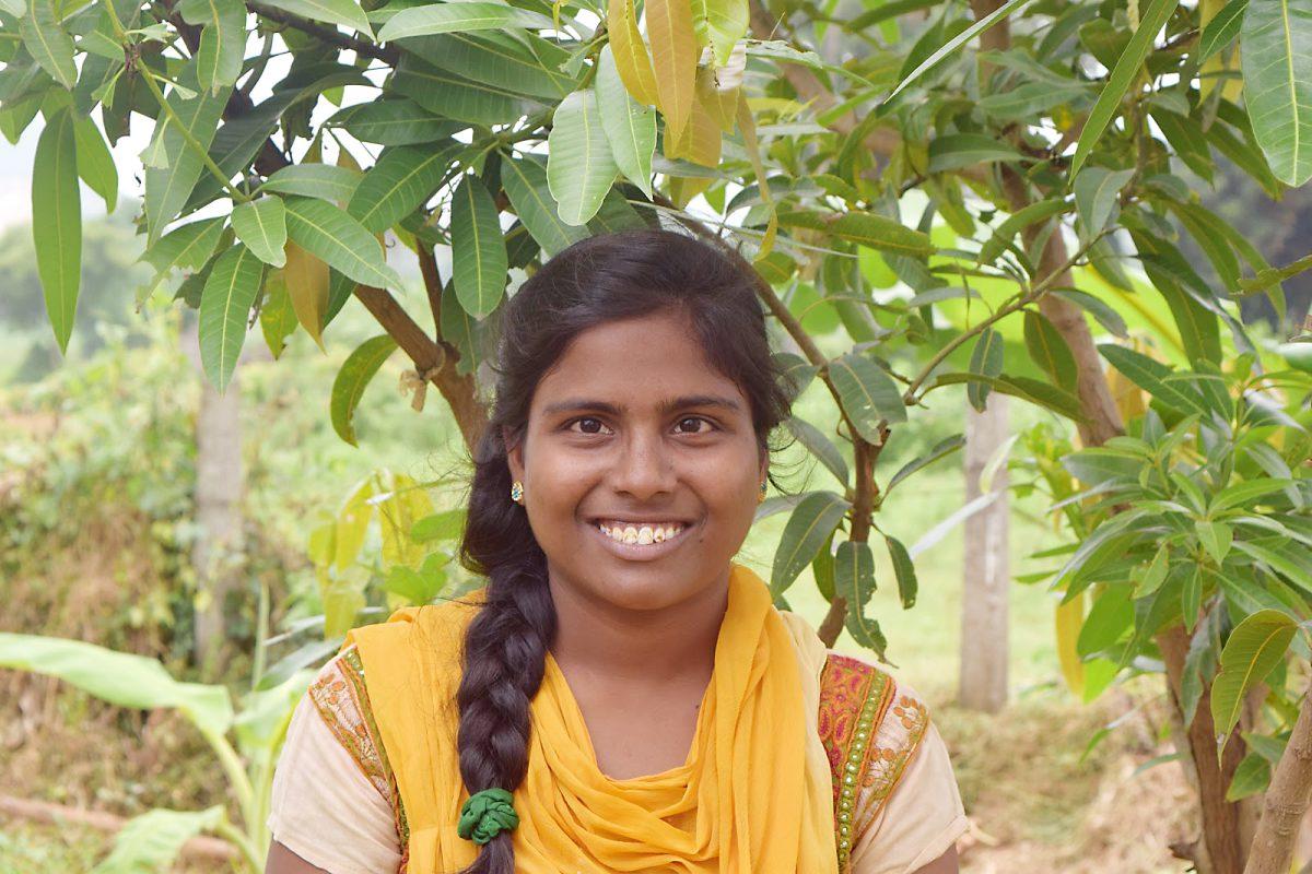 Niamusha-college-student